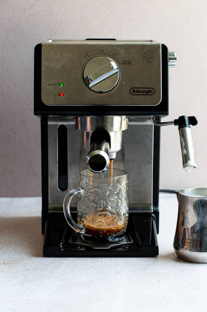 Espresso maker making espresso